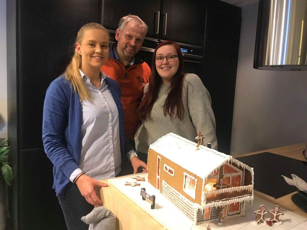 byggmester reidar vallestad pepeprkakehus blink hus snø kaldt