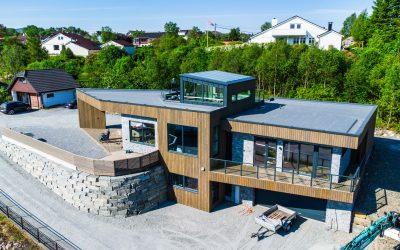 Aksel- Enebolig på Knarrevik